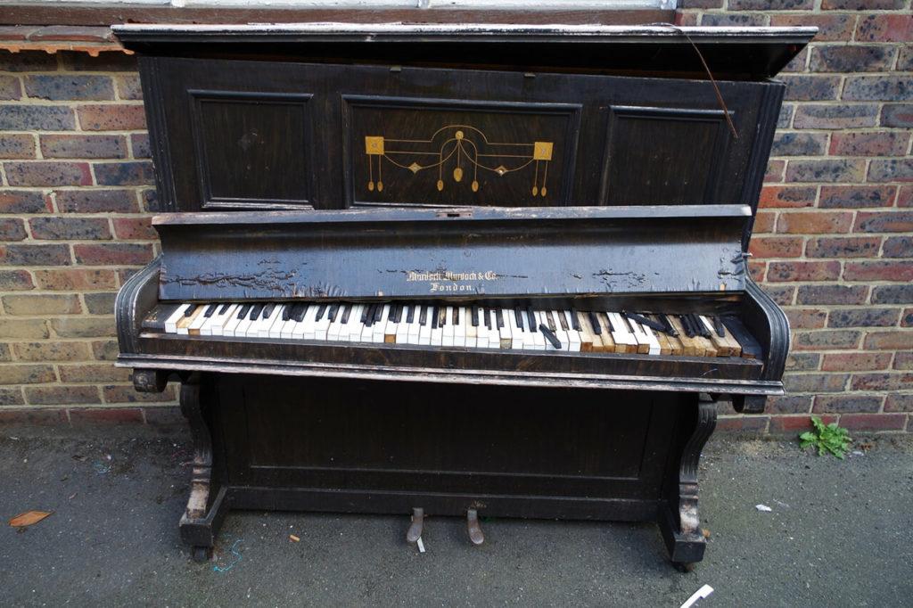ピアノは不用品回収業者に依頼して処分できるの?